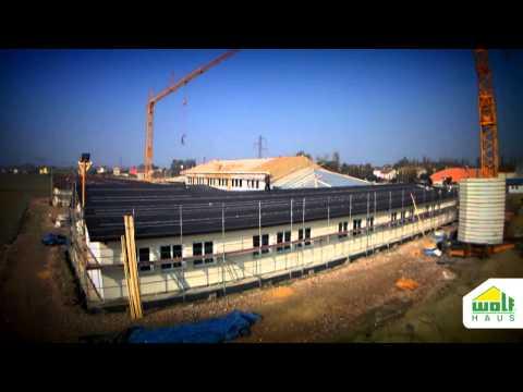 Timelapse scuola prefabbricata in legno Wolf Haus - Scuole antisismiche in tempo record!