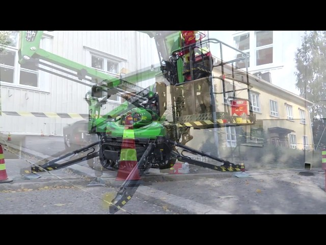 Leguan Lifts in action: L135 tracked access platform, building maintenance (2015)
