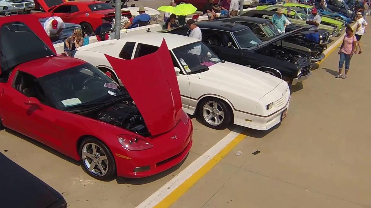 Kansas City Auto Museum Car Show
