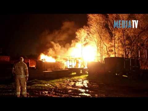 Zeer grote brand in loods Groeneweg Schiedam