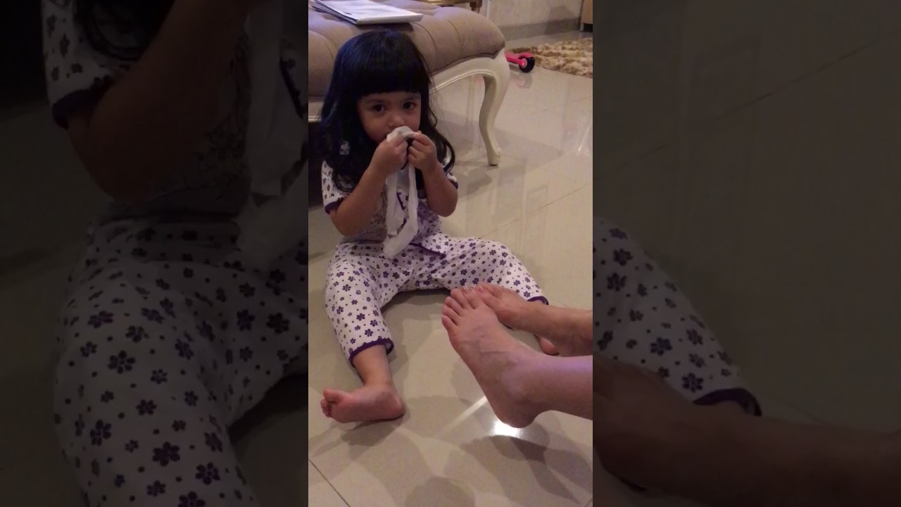 Girls Stinky Feet Socks