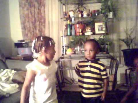 Dancing Toddlers -Beyonce: Single Ladies, Nicki minaj