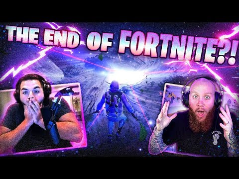 THE END OF FORTNITE?! *LIVE EVENT REACTION* - FT. DRLUPO, CLOAZKY & COURAGEJD