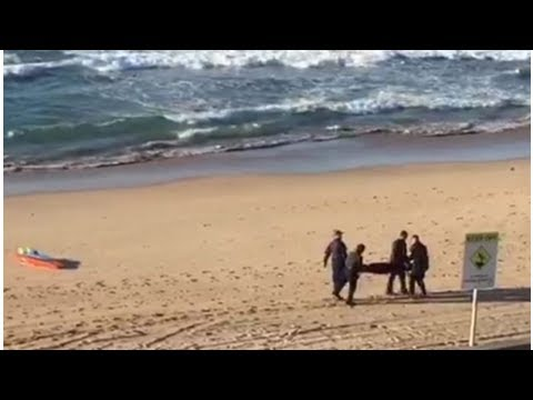 The body is found on North Cronulla Beach; Sydney police consider death to be suspicious
