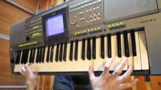 Mix 2 techno/dance on keyboard