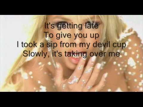 Britney spears - Toxic (instrumental + lyrics on the ...