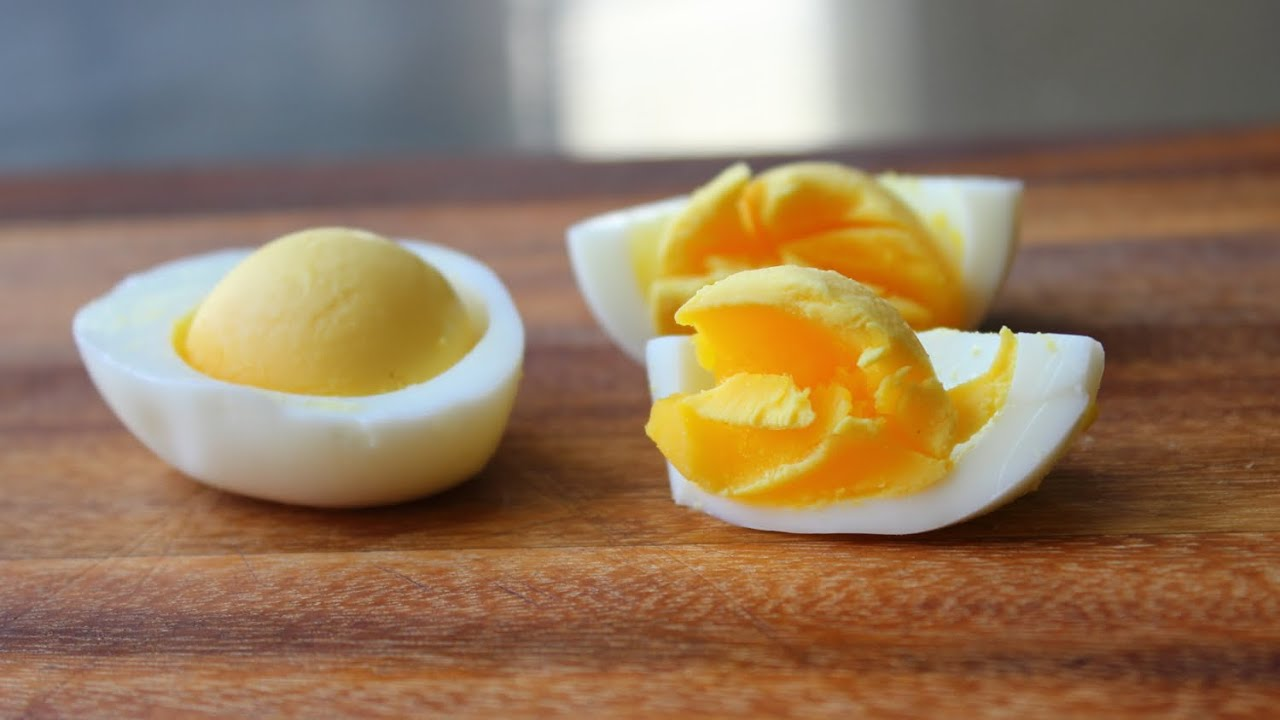 Hard Boiled Eggs America S Test Kitchen
