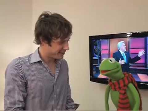 OK Go - Damian Kulash and Kermit the Frog