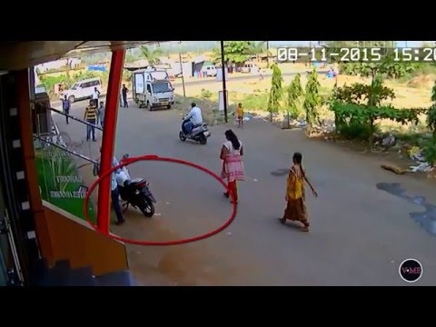 LIVE Video Thief caught on CCTV & FUNNY COMMENTARY
