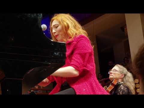 Regina Spektor performing Apres Moi at the Kennedy Center 11/2/2018 Mp3