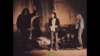 Watch Screaming Trees In The Forest video