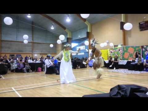 Levi and Fou wedding Bride vs Cook Is dancer