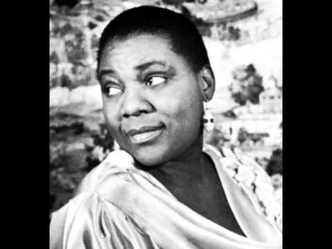 Bessie Smith & Clara Smith-My Man Blues