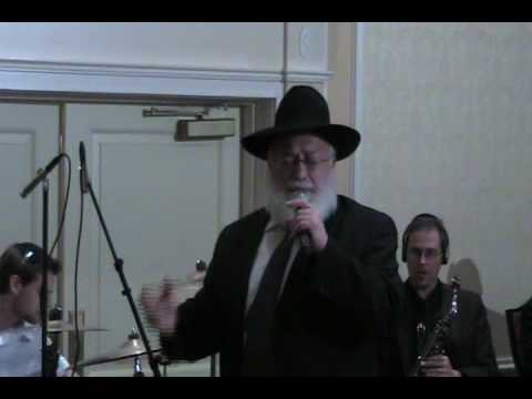 Abish Brodt Sings Shalom Aleichem With Shloime Dachs Orchestra