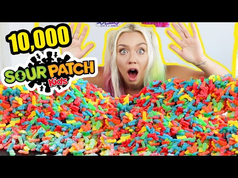 mixing-10,000-sour-patch-kids-into-one-giant-sour-patch-kid!!