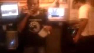 24 02 09 2120 sonido el papi hermanos silva en cabina de dimension caribe   YouTube