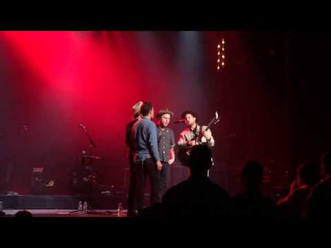 Old Crow Medicine Show - Roll Alabama Roll & Tell That Woman - 11/21/14 Alabama Theater
