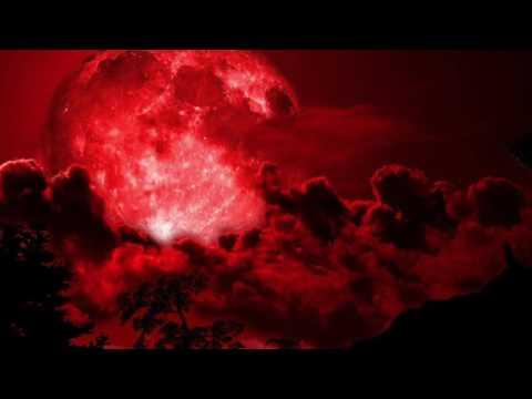 Reversed Omen of bloody moon - Zelda Breath of the Wild