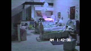'Paranormal Activity 3' Viral Compilation