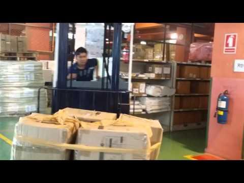 Singapore Reach Truck do housekeeping inside a warehouse