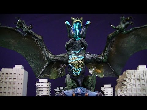 NECA PACIFIC RIM OTACHI - FLYING VERSION - DELUXE FIGURE REVIEW