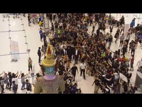 [Fancam] 09022017 Lee Min Ho @ BKK Airport Back to Korea by KaTae