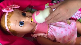 Весёлые видео про игрушки и интересные игры для девочек. Маша и её Куклы и косметика для детей