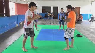 Cobra punch Paso a Paso - Golpe sorpresa - Muay Thai