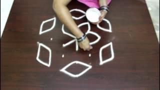 Video chukkala muggulu designs with 7to4 interlaced dots- kolam designs with dots- simple rangoli designs download MP3, 3GP, MP4, WEBM, AVI, FLV Juli 2018