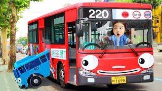 عجلات على حافلة أغنية الطفل