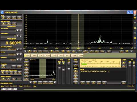 Vatican Radio 9660 kHz - Antenna Comparison (Mini Whips and Loop)