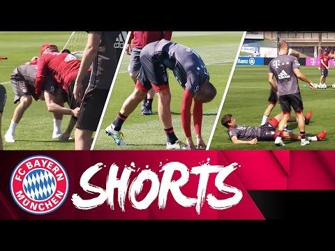 Sliding Müller, Wrestling-Star Ribéry and Skillful Lewa | FC Bayern Shorts Vol. 21