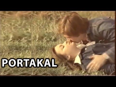 Portakal (Evsiz Adem Sokağı) 1976 - Arzu Okay &  Erol Ertan thumbnail