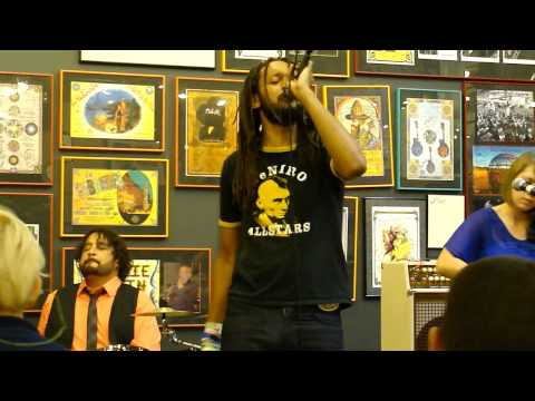 Flobots - Circle in the Square (live)