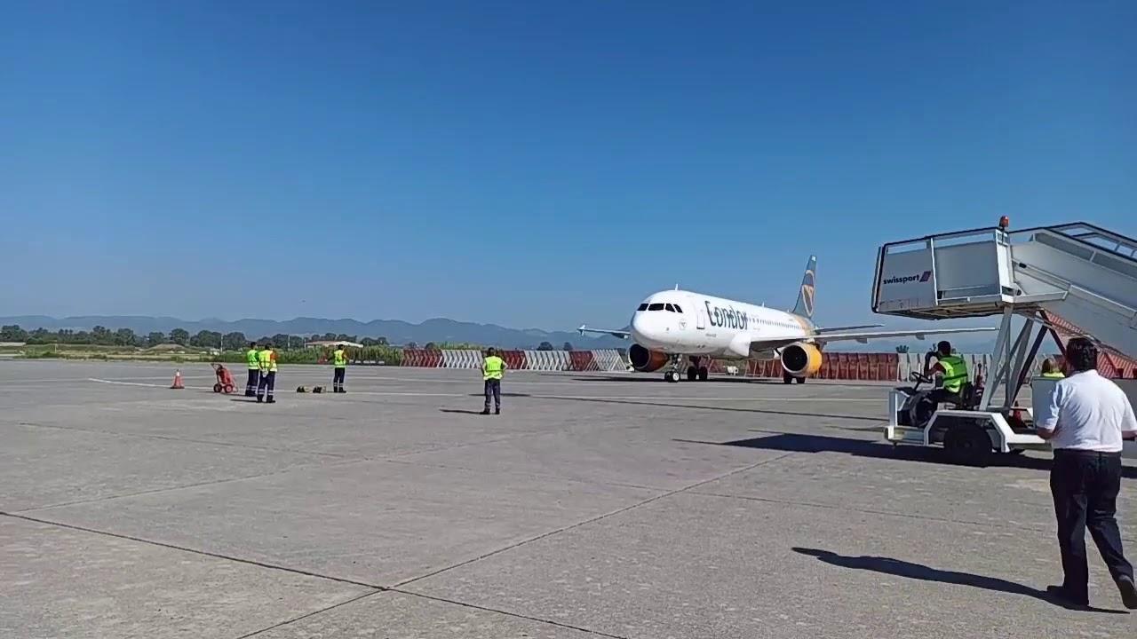 Έφτασε στην Καλαμάτα η πρώτη διεθνής πτήση μετά το lockdown