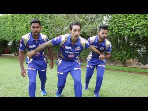 Thumbnail: #KingfisherMannequinChallenge with Mumbai Indians