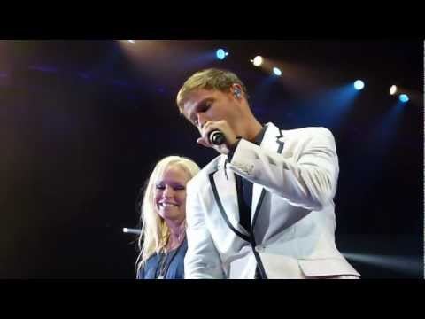 I´ll never break your heart Brian sings to Leighanne in Malmö