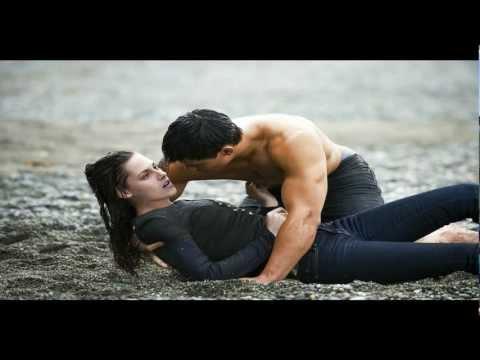Hot Kisses In The Rain - Forró csókok az esoben - Horúce bozky v daždi.HD.AVI