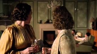Alex Kingston in Upstairs Downstairs S02E04