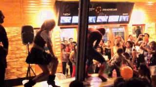 GANGNAM STYLE (Spider-man and Black Widow) @ Star Movies Cafe Philippines
