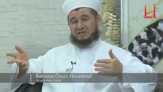 Umre Aşıkları - Ramazan Özsarı Hoca Efendi Umre İle Alakalı Merak Edilenleri Cevaplıyor    Umre TV 2017 Video