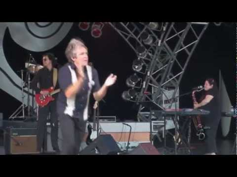 Davy Jones - Consider Yourself - Epcot 2009 (Higher quality)