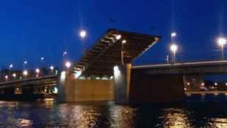 Ускоренный развод Володарского моста