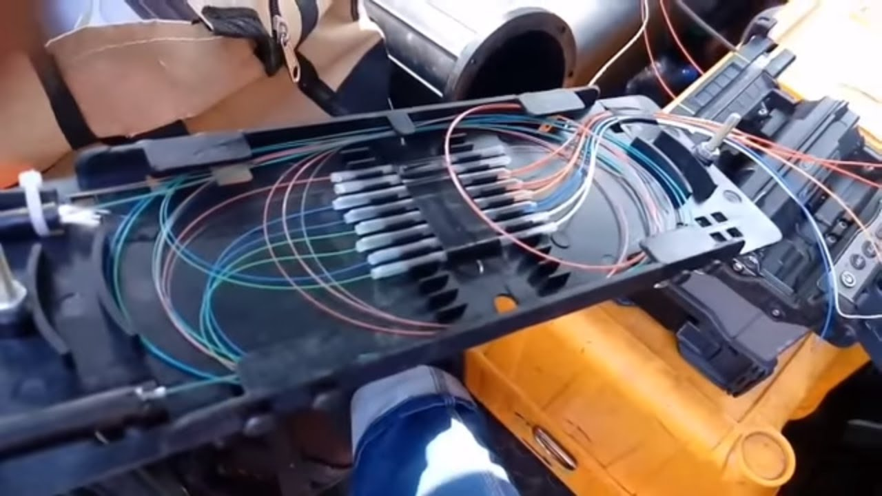 Optical Fiber Cable Splicing And Routing Doovi