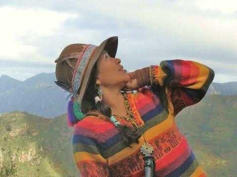 Mujer Chamana, curandera, acupuntora / medicina natural