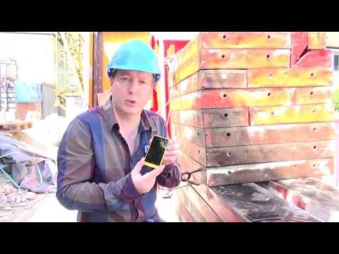 5 Outdoor-Smartphones im Härte-Test auf der Baustelle