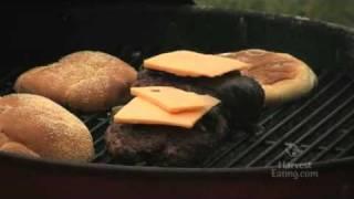 Video Recipe: Bacon Cheddar Cheeseburger