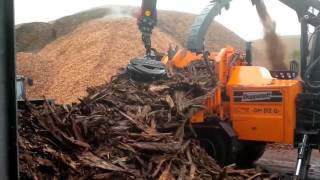 """Doppstadt Chipper DH 812 - powered by """"Fendt 939 vario"""" and by """"a-mag"""" Truck"""