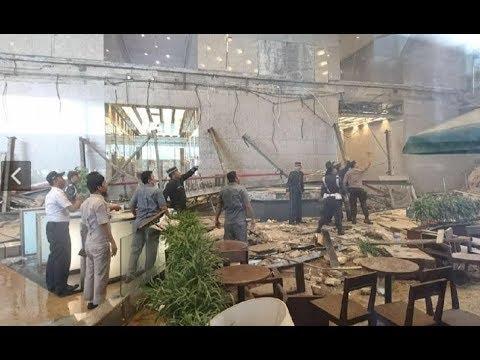 Breaking News! Mezanin di Gedung Bursa Efek Indonesia Ambruk
