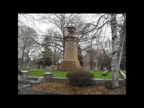 PT Barnum Grave + Museum